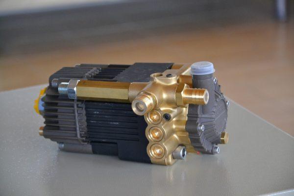 11779 pompa de inalta presiune actionata hidraulic hwb neron Pompa actionata hidraulic HWB 250 bar | NERON - Magazin Online Unilift Serv