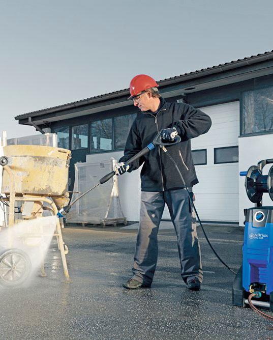 12431 curatitor cu presiune mobil cu apa rece 170 bar mc 3c xt nilfisk Curatitor cu presiune monofazic cu tambur 150 bar MC 2C XT | Nilfisk - Magazin Online Unilift Serv