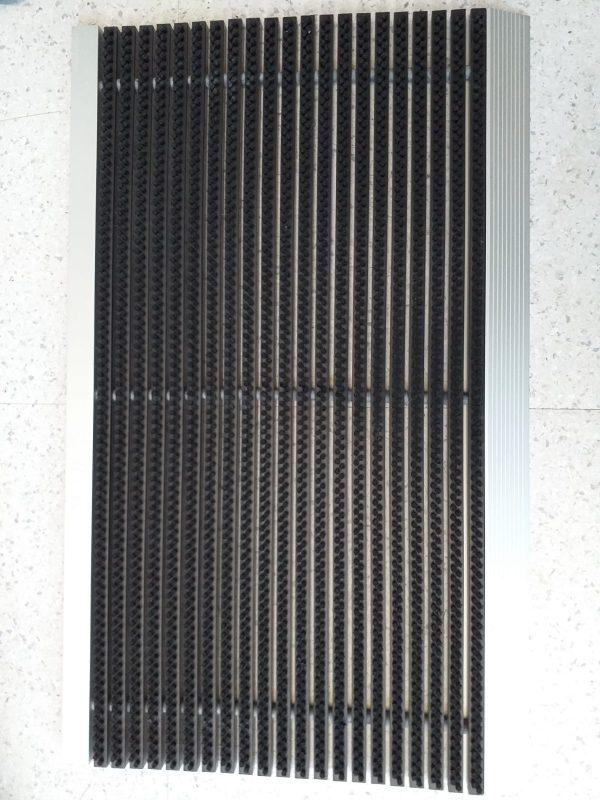 56c6589d 13ff 4a4f bf7c 5e6edf9e953b Covor intrare cu profil din aluminiu | NEGRU | ABI - Magazin Online Unilift Serv