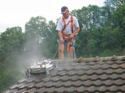 9155 dispozitiv de curatare rotativ pentru acoperis roof cleaner mosmatic Dispozitiv de curatare rotativ pentru acoperis | ROOF CLEANER | Mosmatic - SHOP unilift.ro