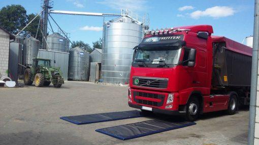 set van 2 ontsmettingsmatten voor voertuigen Covoare dezinfectante pentru rotile masinilor si camioanelor (Set 2 buc.) | PEsan - SHOP unilift.ro