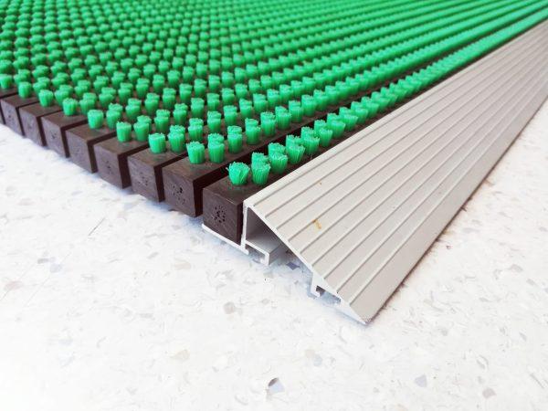 IMG 20191112 133521 scaled scaled Covor intrare cu profil din aluminiu 575 x 900 mm | VERDE | ABI - Magazin Online Unilift Serv