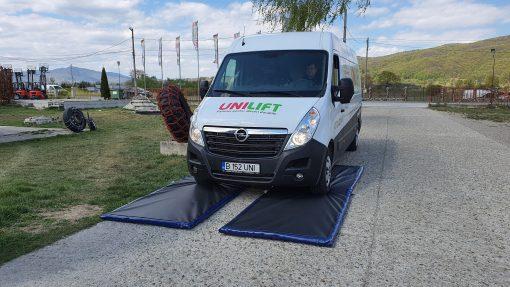 20200427 151521 scaled Covoare dezinfectante pentru rotile masinilor si camioanelor (Set 2 buc.) | PEsan - SHOP unilift.ro