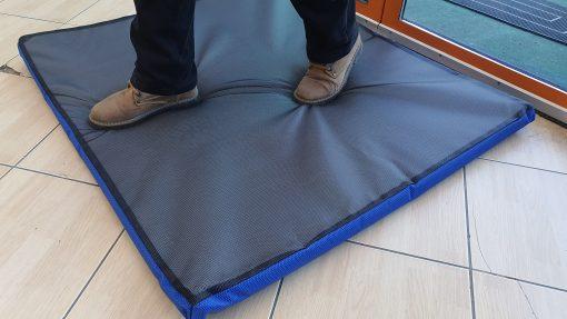 20200326 161051 scaled Covor dezinfectie pentru incaltaminte 45 x 60 x 4 cm  | PEsan - SHOP unilift.ro