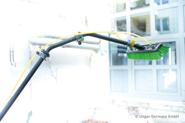 1680 adaptori unghiulari multilink nlite unger Adaptor unghiular pentru lance telecopica 30 cm   Multilink Goosenecks   UNGER - Magazin Online Unilift Serv