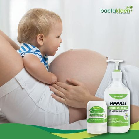 c15fe2328c22c0b1f70e8251828920a3 Solutie dezinfectanta pentru maini din extracte naturale 500 ml | Herbal Hand Sanitizer | BactaKleen - SHOP unilift.ro