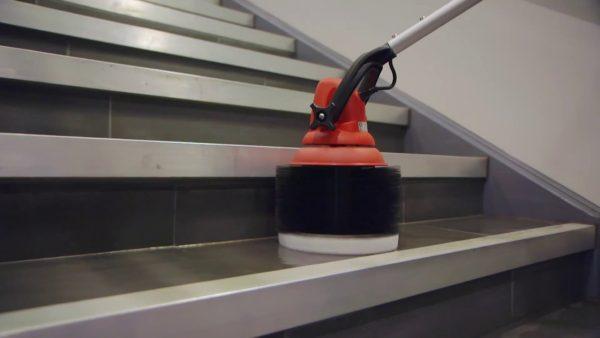 11051 perie monodisc pentru trepte motorscrubber motor scrubber Perie monodisc pentru trepte | MotorScrubber - Magazin Online Unilift Serv Perie monodisc pentru trepte
